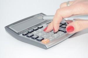 calculator-428294_640-300x198